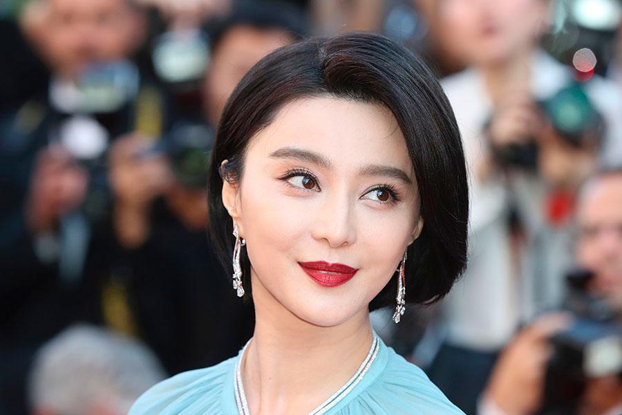 2017年5月17日,擔任評委的范冰冰出席第70屆戛納電影節開幕儀式。(VALERY HACHE/AFP/Getty Images)