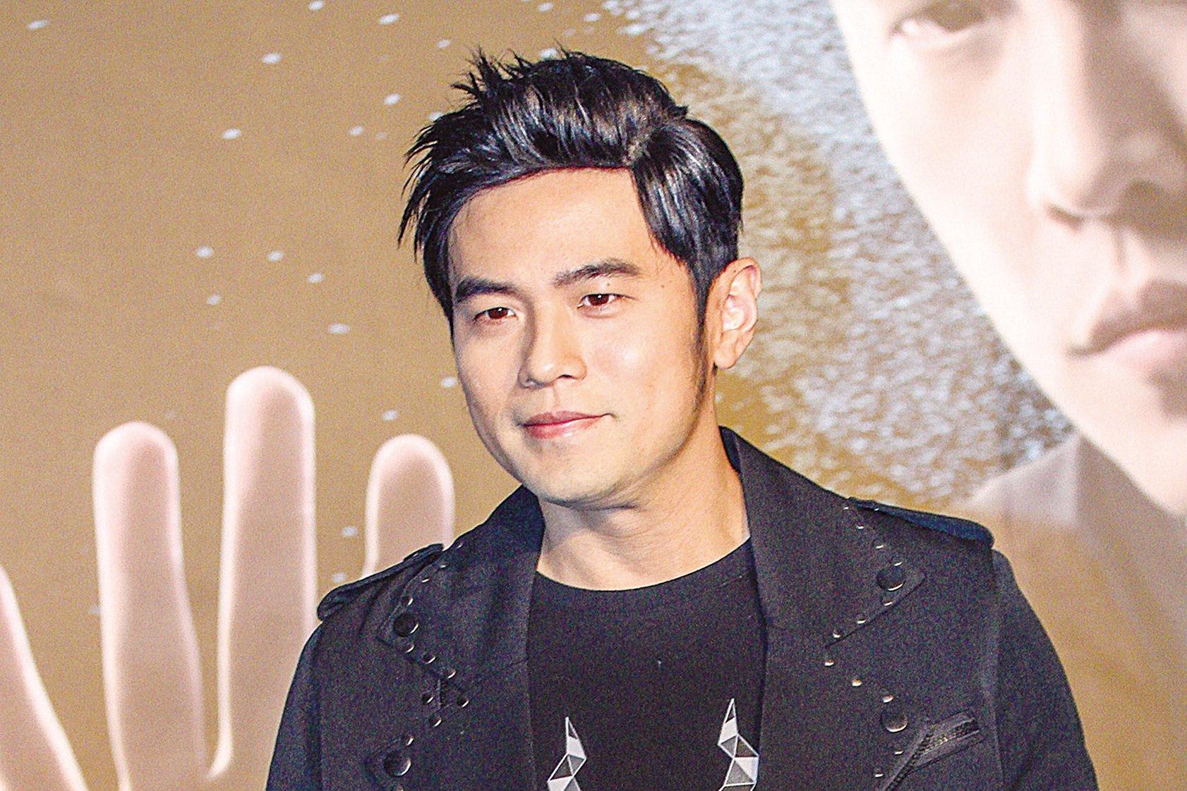 台灣藝人周杰倫(周董)歌曲,疑似被節目評審評為「沒有甚麼營養」,引發周董粉絲抗議。(中央社提供)