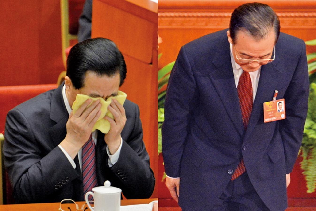2013年3月,胡錦濤、溫家寶在中共兩會謝幕期間,網絡瘋傳一張胡錦濤掩面哭泣、溫家寶三鞠躬的合成照片。(AFP)