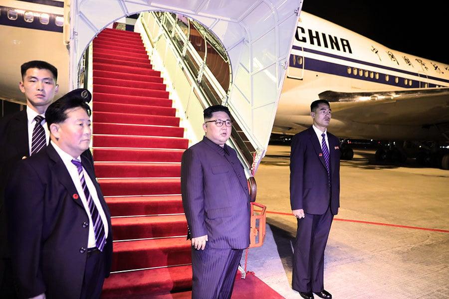 金正恩返朝兩架專機 一架突然中途降落北京