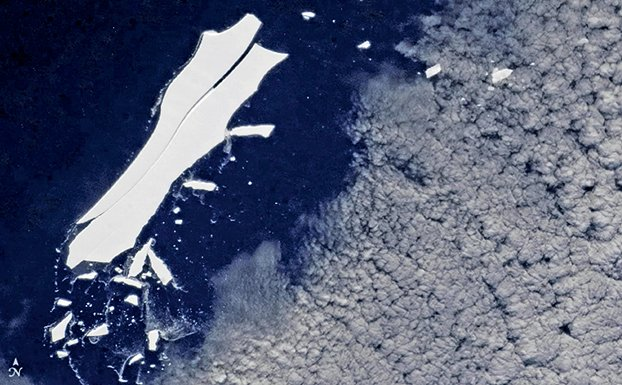 國際空間站太空人今年5月22日觀測到,該冰山最大一塊(名字是B-15Z)仍然有大約50平方海浬的表面積(長10海浬,寬5海浬),仍然在可跟蹤大小範圍內。(NASA/International Space Station)