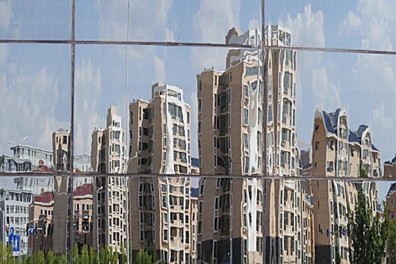 深圳這幾年GDP的增長,不過是通過炒高地價、房價來完成的。(MARK RALSTON/AFP)