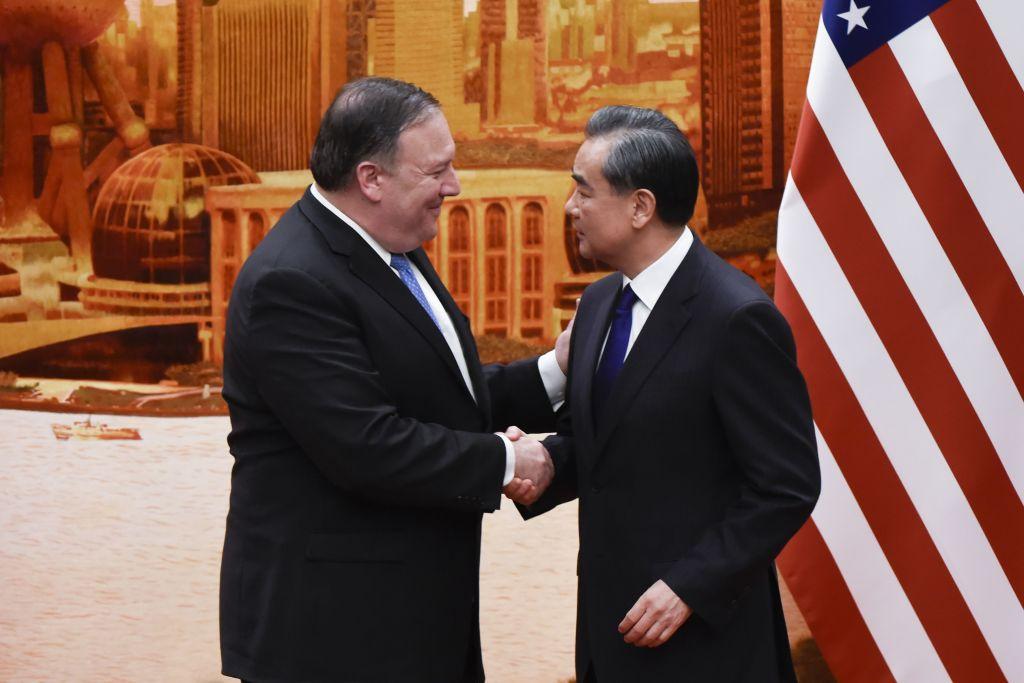 美國國務卿蓬佩奧6月14日訪華,中共外交部長王毅稱,希望美國繼續通過與中國合作,達成其在北韓問題上的目標。(WANG ZHAO/AFP/Getty Images)