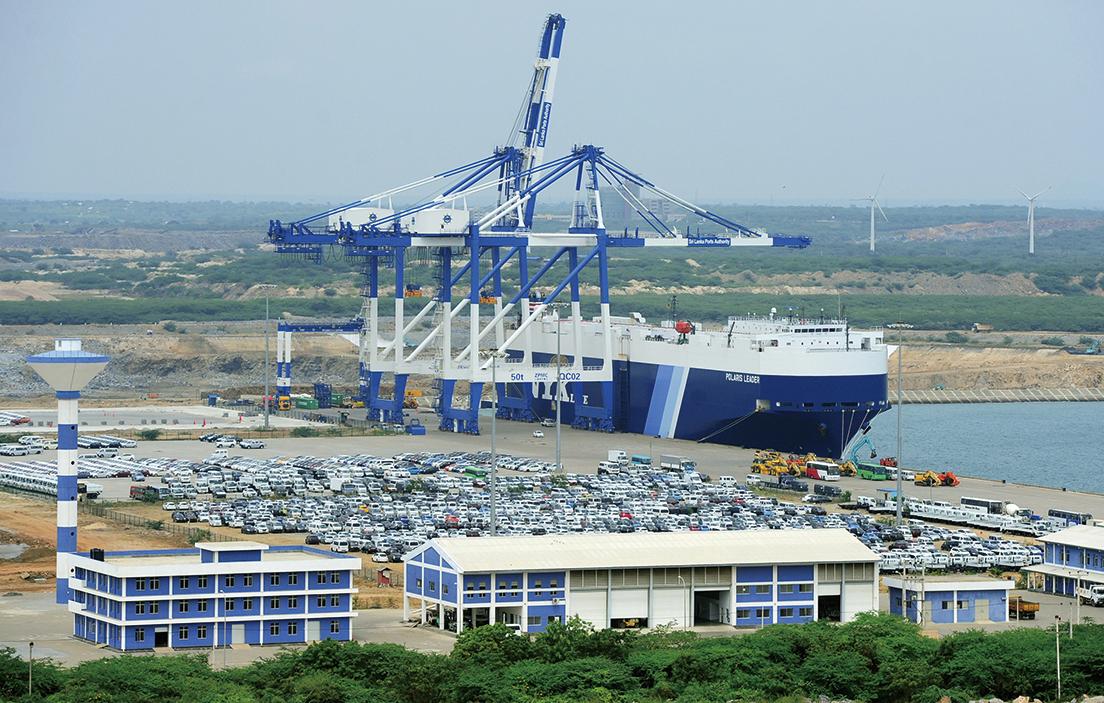 在斯里蘭卡,汗班托塔港現在被以99年租期租給了中共招商局港口控股公司。(AFP)