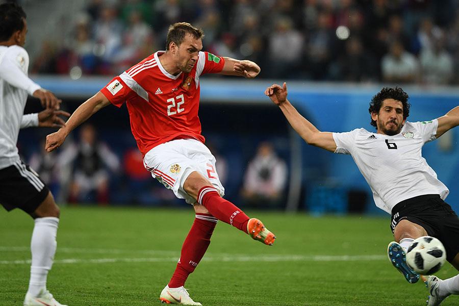 迪斯尤巴給埃及防線極大壓力,並打入一球,成為本場最佳。(GIUSEPPE CACACE/AFP/Getty Images)