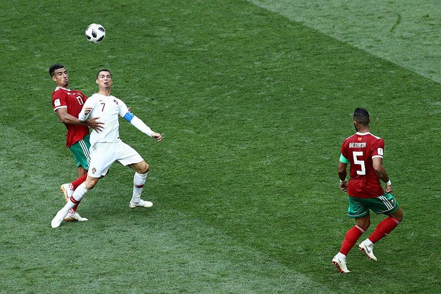 葡萄牙依靠角球機會,隊長C朗拿度門前頂頭鎚破門,幫助葡萄牙先拔頭籌。(Maddie Meyer/Getty Images)