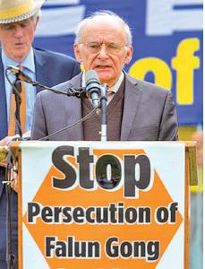 加國人權律師David Matas。(Mark Zou/大紀元)