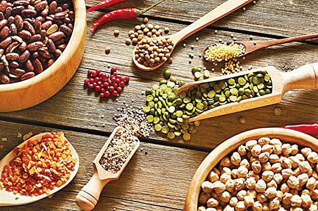 加拿大研究發現如果用豆類食物替代米飯和薯仔作為主糧,可以降低血糖,並有效減低罹患2型糖尿病的風險。(Haveseen/Shutterstock)