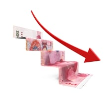 三天跌破十大關口 人民幣跌破6.8創一年新低
