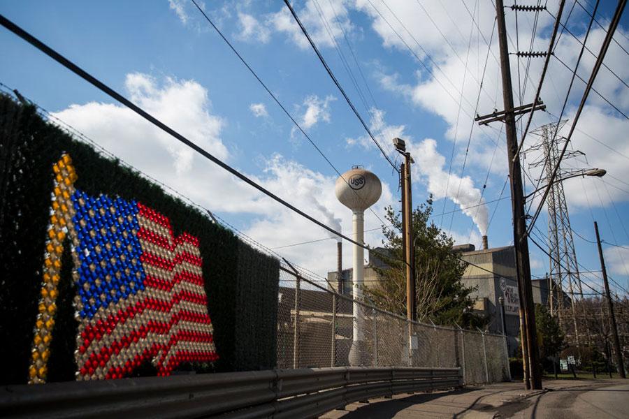 特朗普鋼鋁關稅政策正在促進美國鋼鐵業重新抬頭。(Drew Angerer/Getty Images)