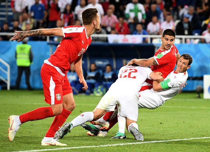 梳頓沙基利絕殺進球 助瑞士2:1逆轉塞爾維亞