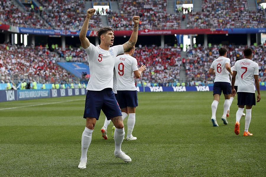 史東斯為英格蘭首開紀錄。(Clive Brunskill/Getty Images)