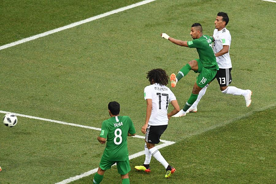艾杜沙尼補時階段的絕殺進球,幫助沙特獲勝。(MARK RALSTON/AFP/Getty Images)