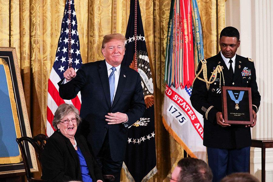 二戰老兵隻身擋德軍 獲特朗普頒最高榮譽勳章