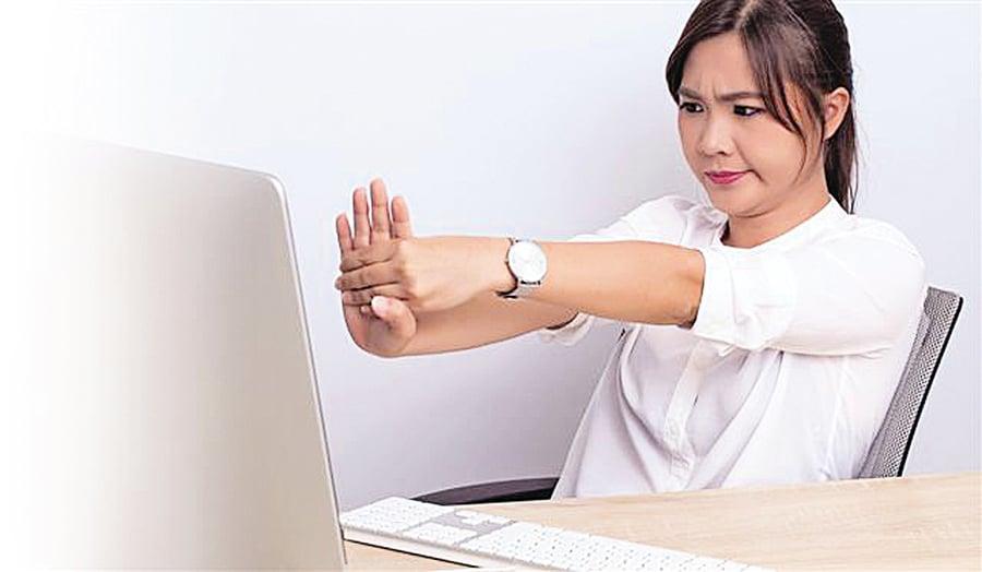 手指僵硬、無力的中醫療法