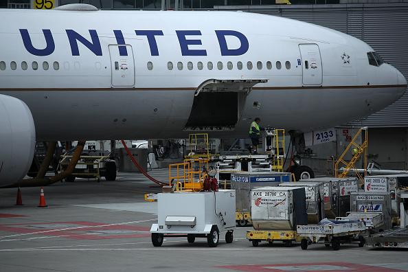 中美之間就中共威脅航空公司改變台灣稱謂的事情在繼續角力。美國要求中共停止威脅美國公司和美國公民。中共則拒絕跟美國政府對話。(Justin Sullivan/Getty Images)