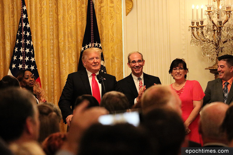 慶減稅法案實施六個月 特朗普:找回了美國夢