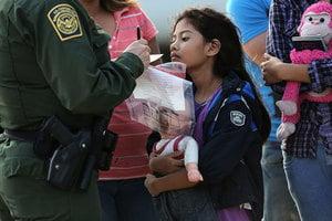 美改變分離政策 將一起拘禁非法入境父母兒童