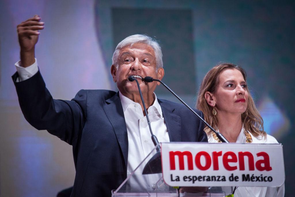 7月2日,墨西哥總統候選人奧夫拉多爾以壓倒性多數勝出。(Pedro Mera/Getty Images)