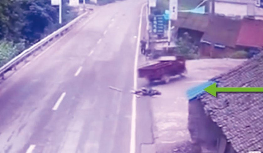 6月22日,四川瀘州一名姜姓男子,與79歲老父發生口角後,駕駛電動三輪車將父親當場反覆輾壓致死……。