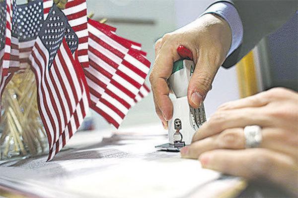 為更合理運用H-1B,維護美國勞工權益,美眾議員已著手起草法案,期以H-1B外籍勞工的薪資水平決定配額,電腦抽籤或將走入歷史。(Getty Images)