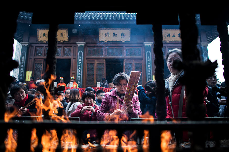 圖為上海一廟宇。(JOHANNES EISELE/AFP/Getty Images)