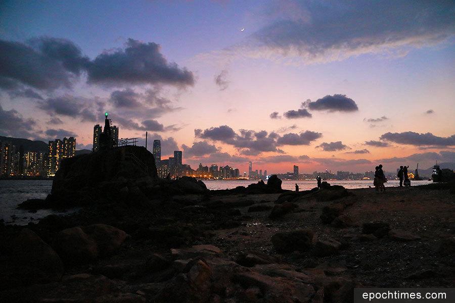 「鯉魚夜月」醉浪漫——鯉魚門小故事