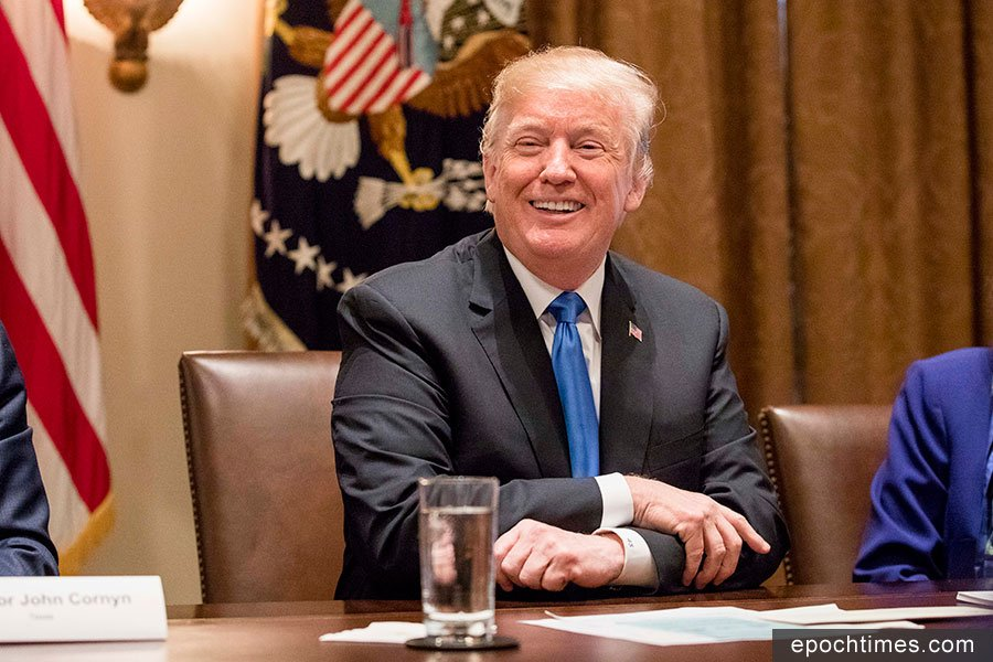 中美貿易戰持續升級。7月10日,美國貿易代表辦公室(USTR)依照特朗普總統的指示發表聲明,宣佈再向價值2,000億美元的中國進口商品增收10%關稅。(Samira Bouaou/大紀元)