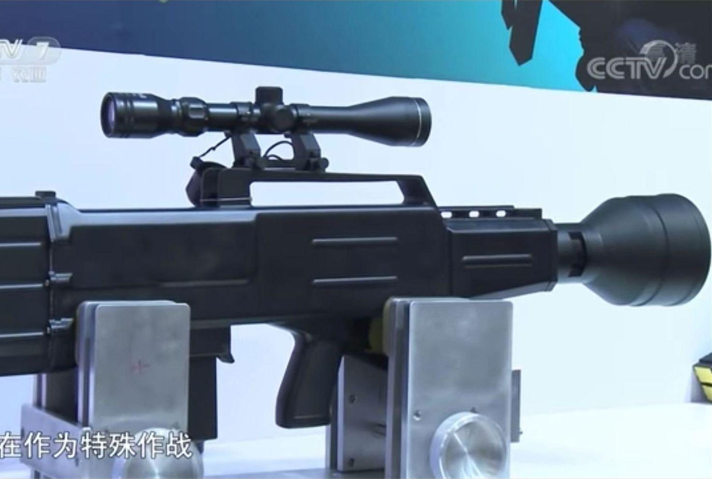 由中共公安部主辦的第九屆中國國際警用裝備博覽會上,就有一款功能類似ZKZM-500的激光步槍,可以遠距離摧毀橫幅。(視像擷圖)