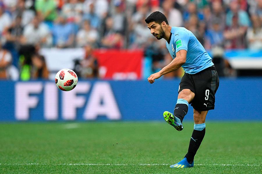烏拉圭主力蘇亞雷斯個人能力出眾,可惜缺少能與之配合的鋒線搭檔。(Martin BERNETTI/AFP/Getty Images)