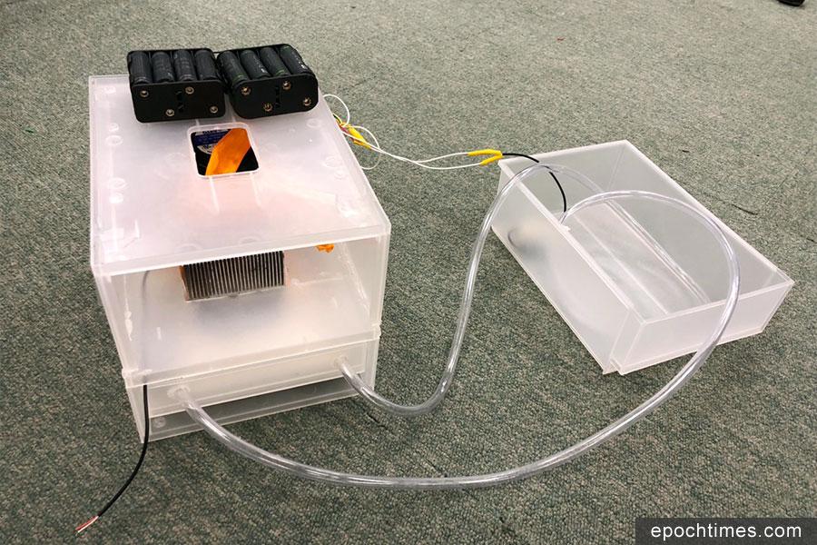 榮獲中學組冠軍的聖保羅書院團隊設計的作品:Dual-Functional Eco-friendly AirCon using Peltier Effect。(主辦方提供)