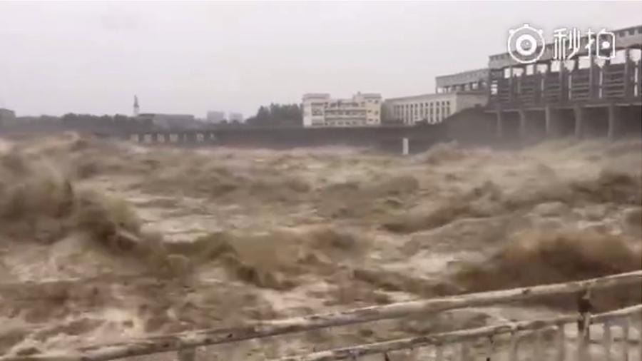 四川多地暴雨 綿陽發生1949年以來最大洪水