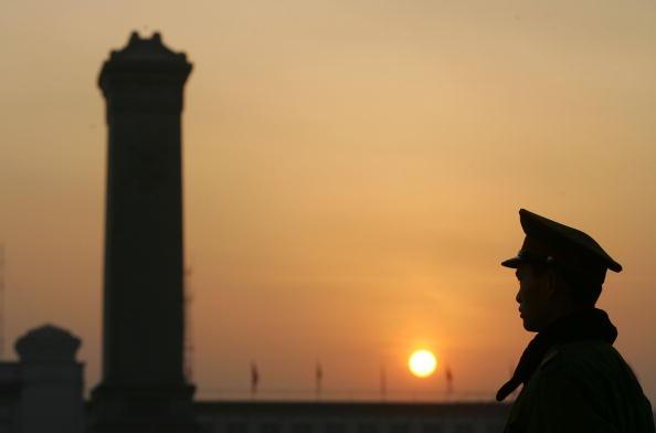 周曉輝:中國人願意捨小家保中共打貿易戰?