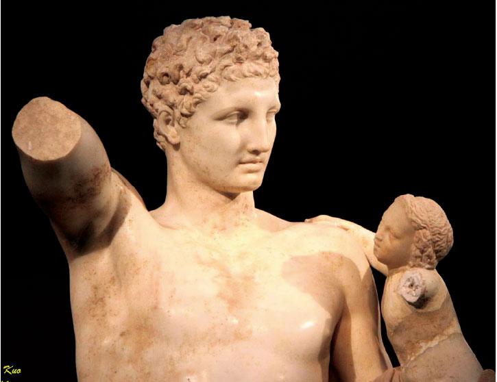 信使之神Hermes和酒神Dionysus。