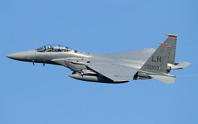 美軍暴風之鎚炸彈進入測試 擬裝載F-35戰機