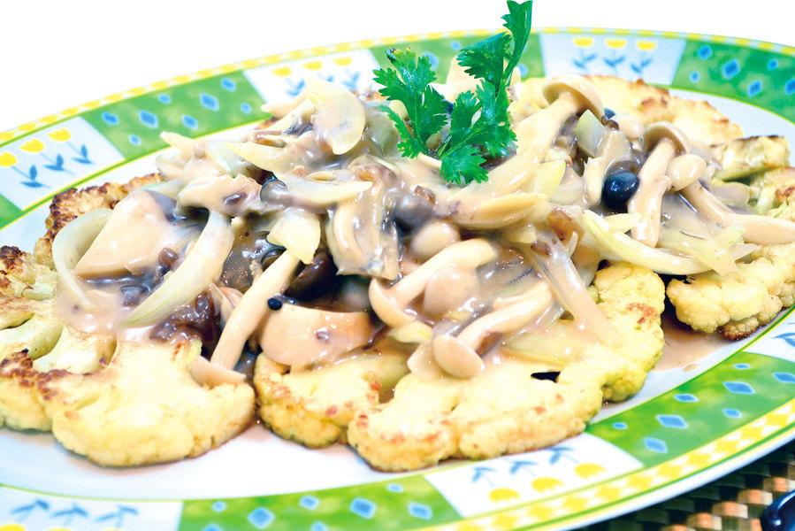 【梁廚美食】洋蔥汁扒有機雜菌椰菜花