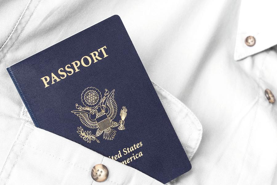 美國公民若欠稅超過5.1萬 就拿不到新護照