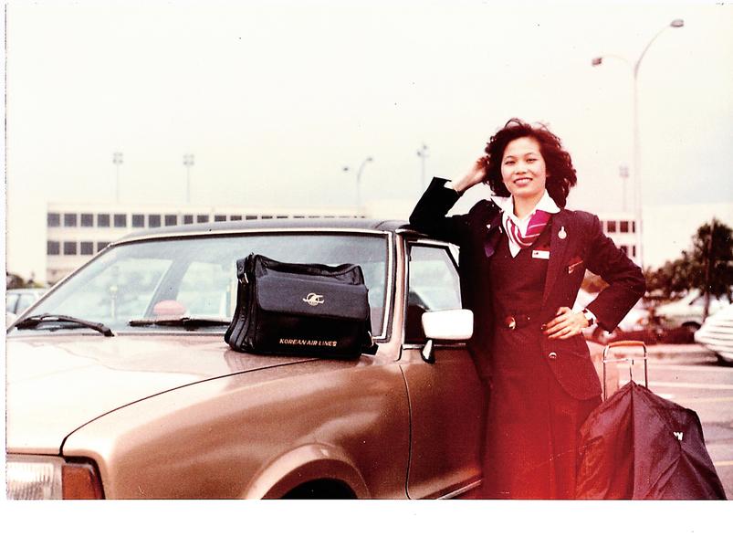 從空姐、校長到義工  美國洛城華裔女的美麗轉身