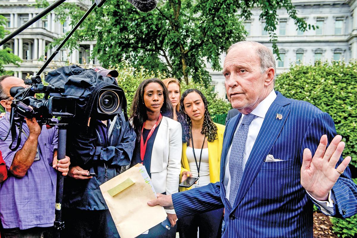美國白宮首席經濟顧問庫德洛被視為貿易上的溫和派,但他表示支持特朗普對中共關稅施壓的政策。(AFP)