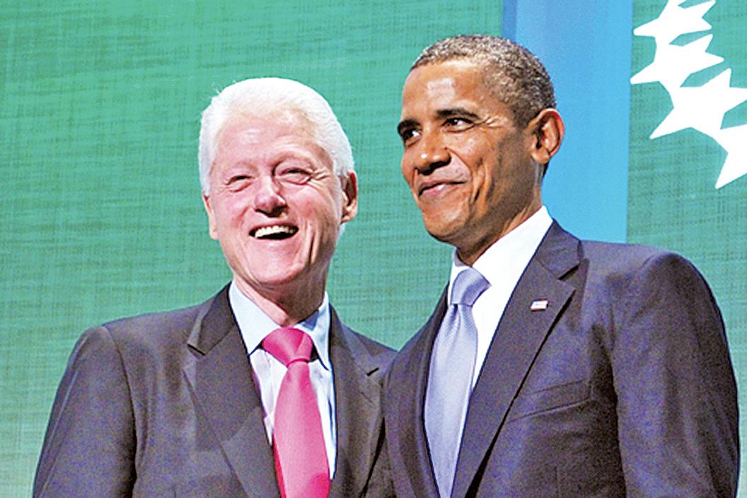 美國前總統克林頓(左)與前美國總統奧巴馬合照。圖為資料照。(Getty Images)