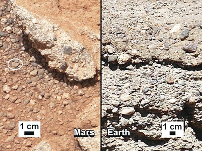美國太空總署(NASA)在2012年9月27日公佈好奇號於火星拍到的乾涸舊河床圖片(左),與地球的河床(右),相似度達百分之百。(NASA/JPL-Caltech/MSSS and PSI)