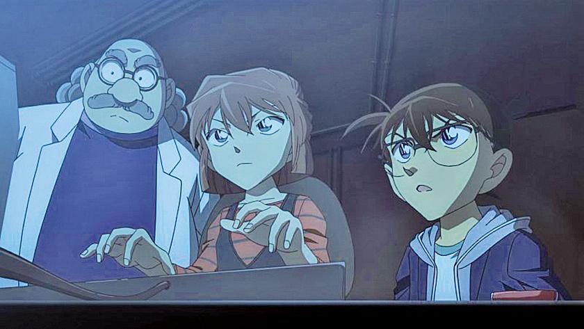 發明家阿笠博士(左一),是男主角工藤新一的原鄰居,同時也是第一位知道江戶川柯南(右一)真實身份的人。