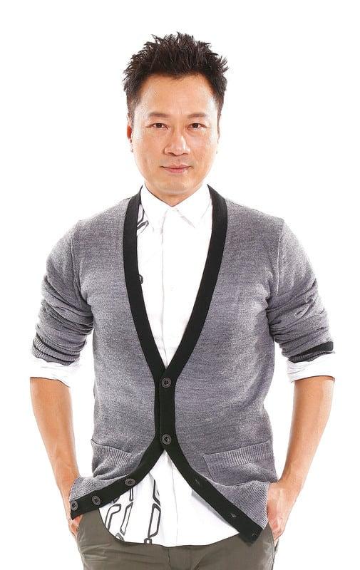 黎耀祥表示自己性格老派怕醜,不習慣陌生環境。(網絡圖片)
