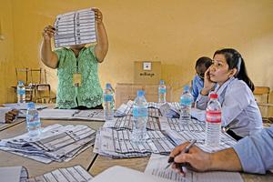 柬埔寨執政黨勝選遭質疑 國際社會嗆聲