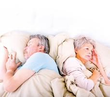 老年人為甚麼容易失眠