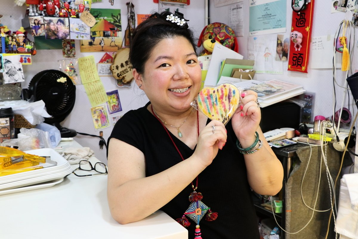 有34年歷史的華爾登餅店,由第二代傳人孫芷玲(Naomi)繼承,將傳統手作與藝術結合,給餅店帶來新活力。(陳仲明/大紀元)