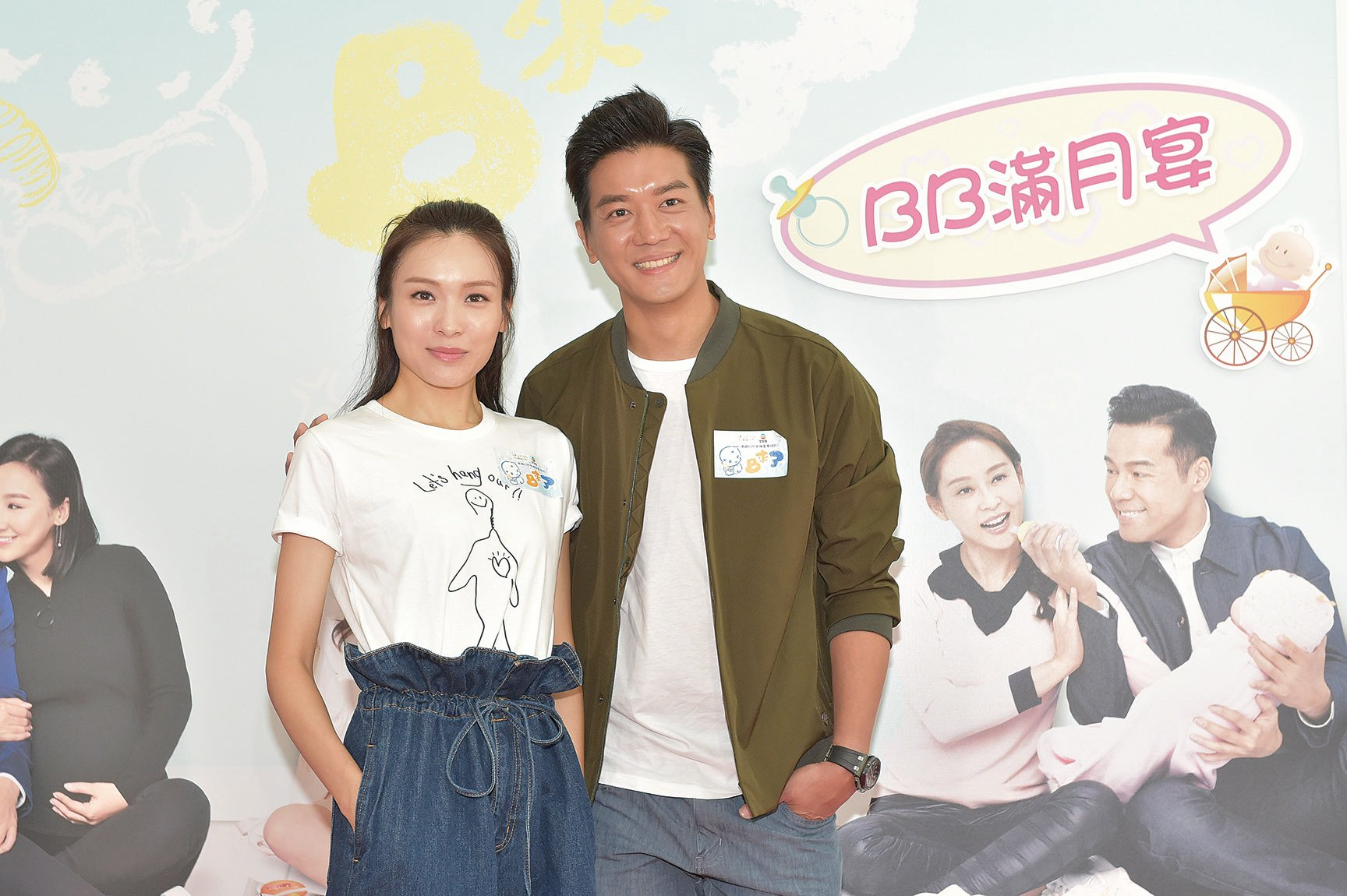 李佳芯(左)表示暫時無結婚生BB計劃;黎諾懿(右)透露《BB來了》拍攝過程奇妙又有趣。(郭威利/大紀元)