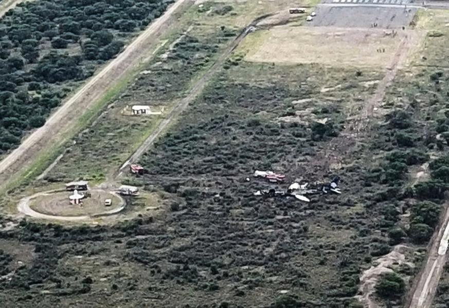 墨西哥航班客機墜毀 機上103人全奇蹟生還