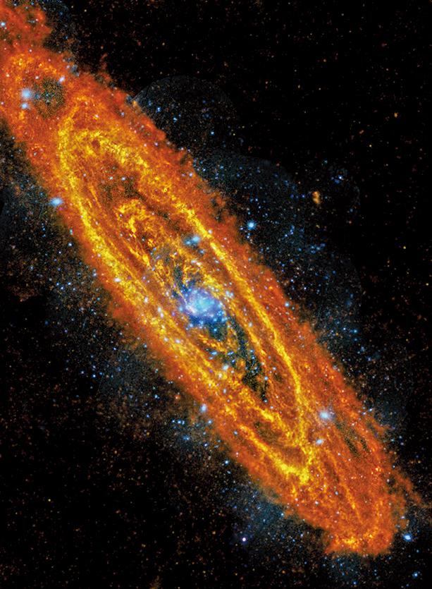 美國密歇根大學的研究稱,銀河系原本有個「兄弟」星系,在大約20億年前被鄰近的仙女座星系吞噬。圖為遠紅外線望遠鏡和X射線望遠鏡拍攝到的仙女座星系,它是離我們的銀河系最近的螺旋星系。(NASA)