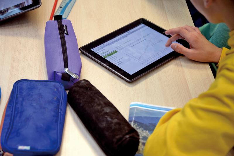美國的學校使用iPad的情形越來越多,讓部份家長非常擔憂。(Getty Images)